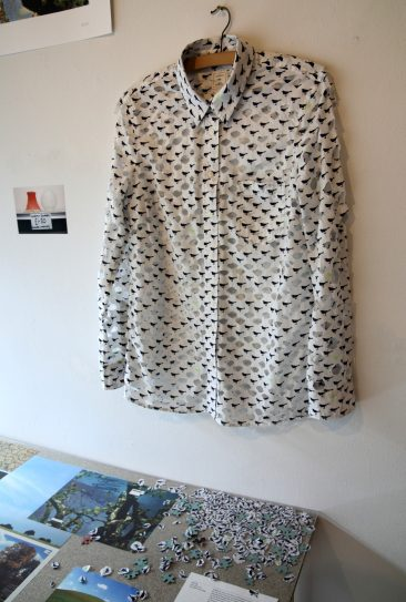50% Gap - Gap shirt with cut-outs